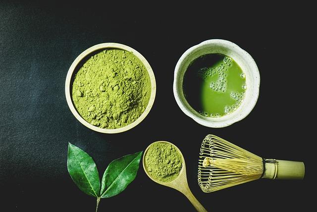 Ceaiul verde matcha ajută la arderea grăsimilor și combaterea cancerului?