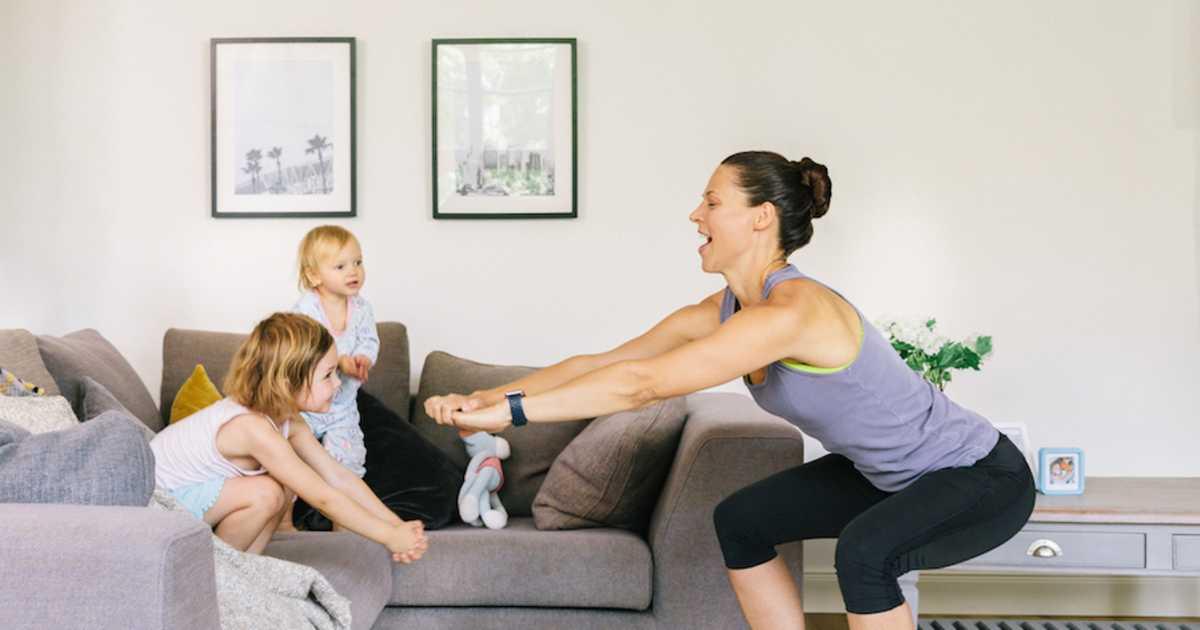 Cum o fată pierde în greutate acasă? Pierdeți greutatea acasă cu exerciții fizice