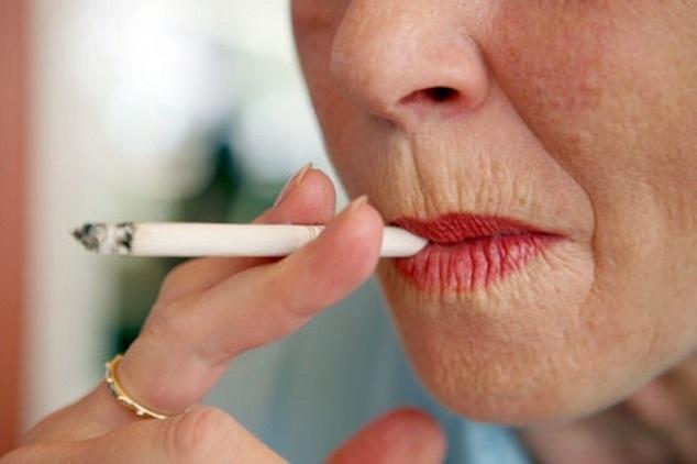 Cum să eliminați ridurile cu pungă din jurul buzelor acasă?