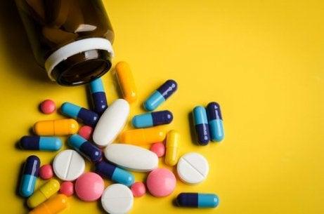 studiul de pierdere a grăsimilor oxandrolone