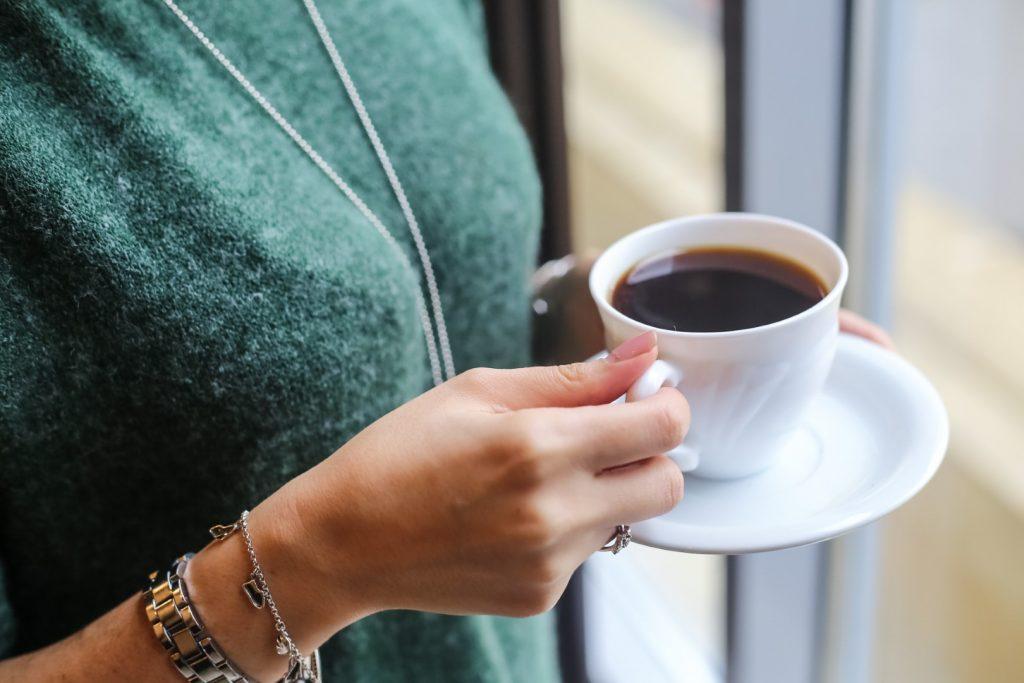 cofeina interferează cu pierderea în greutate