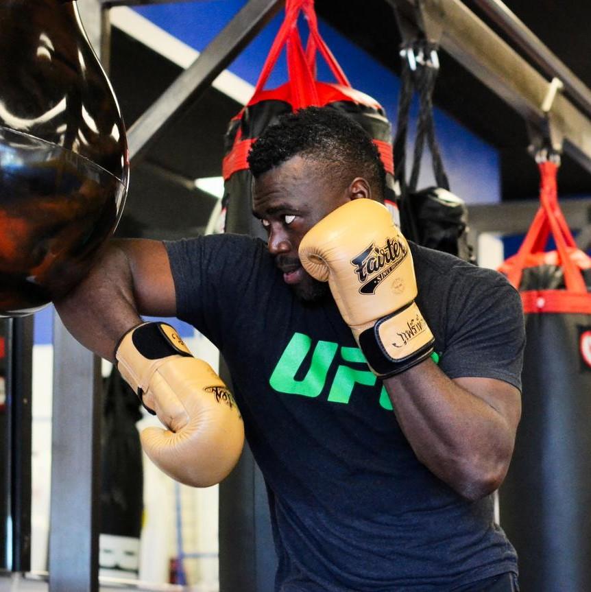 pierdeți în greutate ca luptătorul UFC