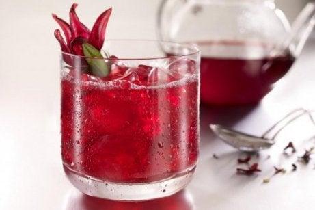 5 bauturi care stimuleaza pierderea in greutate
