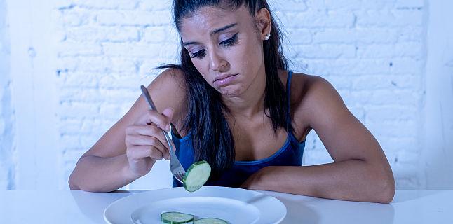 pierderea în greutate neintenționată și lipsa poftei de mâncare
